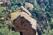 შუა საუკუნეების ქართული ეკლესია და მონასტერი